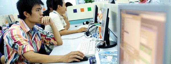 Đẩy mạnh ứng dụng CNTT trong hoạt động cơ quan nhà nước phục vụ người dân và doanh nghiệp